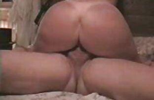 Ribanc egy kakas maszturbálás pornó a végbélnyílás